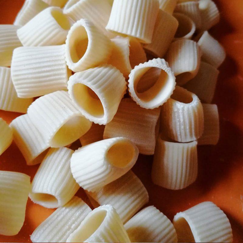214-mezze_maniche_rigate_pasta